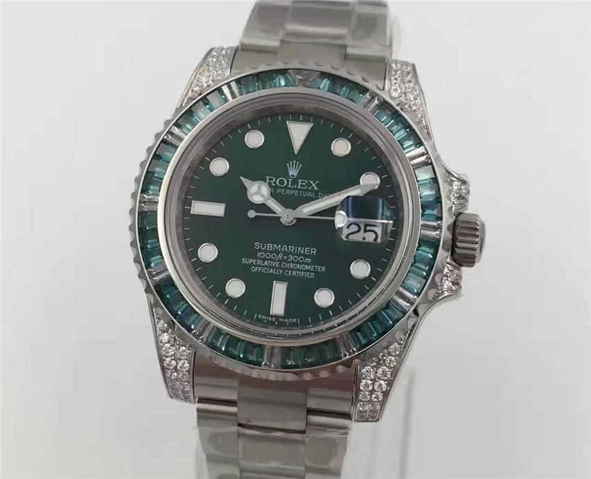 Rolex Submariner Swiss Automatic Diamonds Bezel