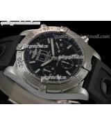 Breitling Avenger Blackbird Big Date Chronograph-Black Dial Black Subdials-Black Ocean Diver Rubber Strap