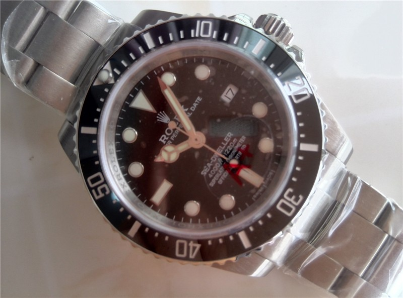 Rolex Sea Dweller Ultimate Automatic Watch-Black Dial White Dot Markers-Stainless Steel Oyster Bracelet
