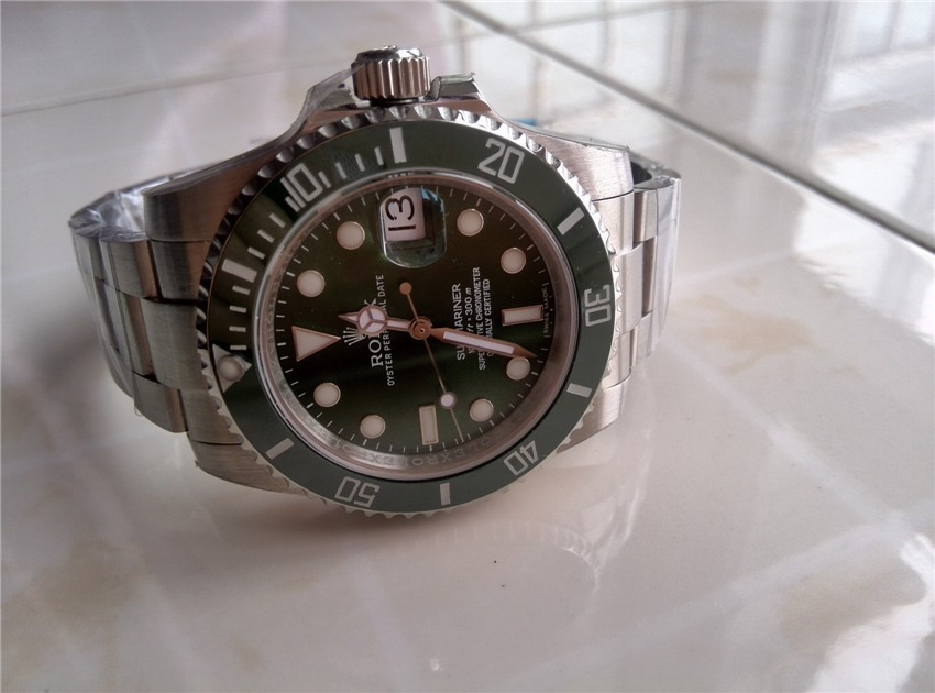 Rolex Submariner Automatic Watch 116610LN Green Dial